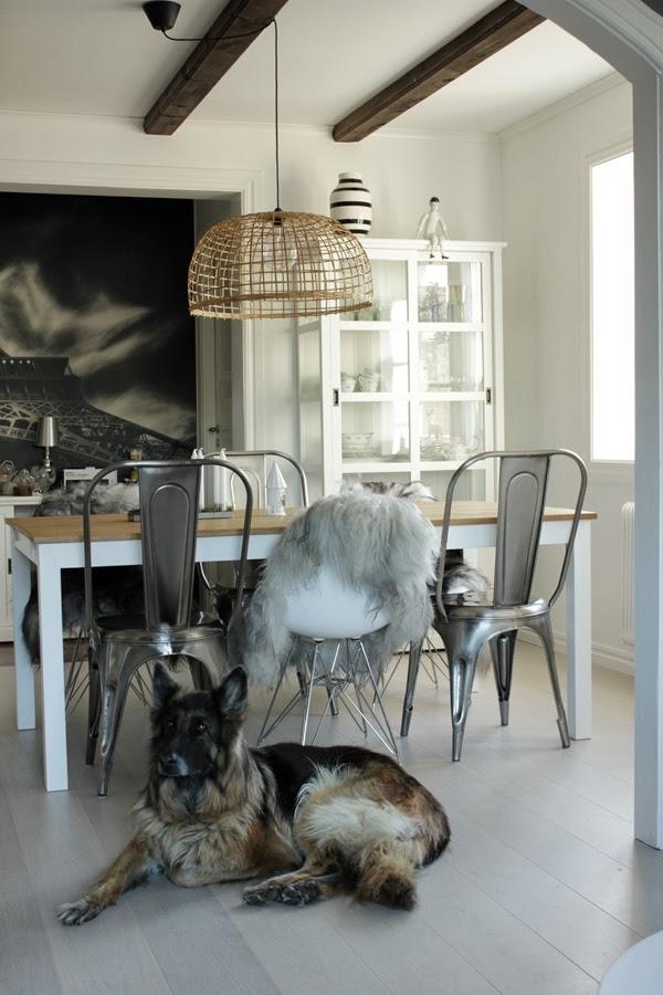 Дом в Швеции. Кухня-столовая